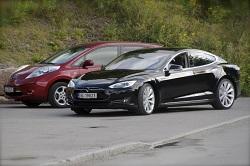 12.13.2014 - Pic - 2 cars