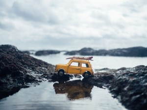 Refinancing a car loan with bad credit is possible if you stick to a plan.